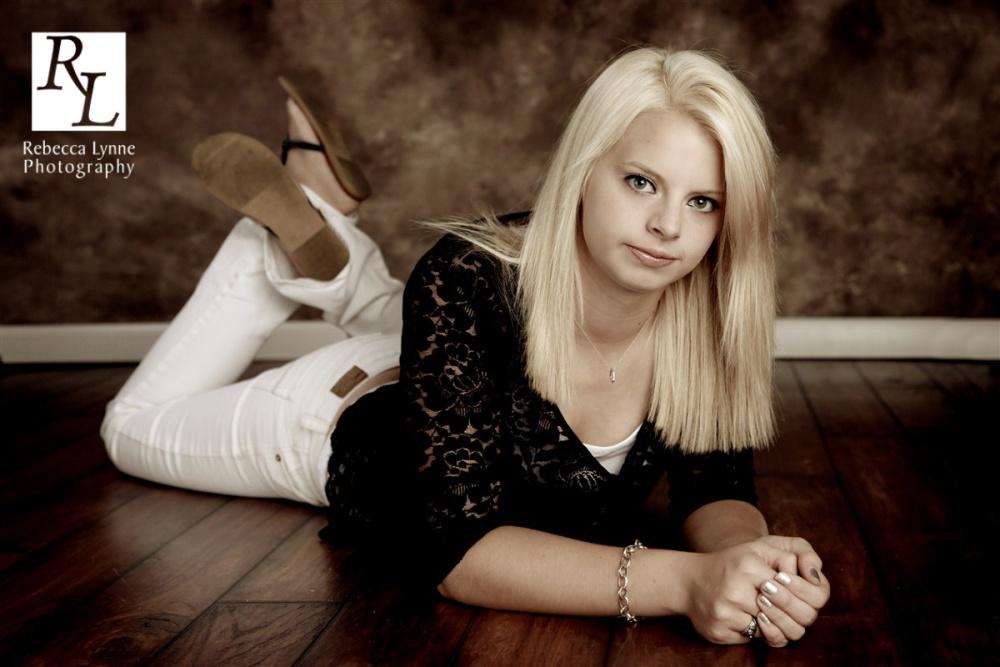 Alli : Alden-Conger High School : Senior Portraits (2/4)