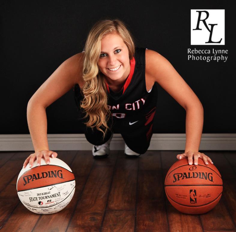 High School Senior Girl Mason City Basketball pushup