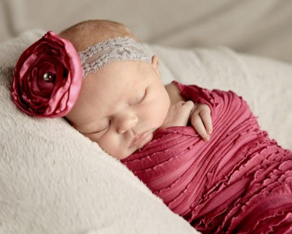 newborn girl classic portrait