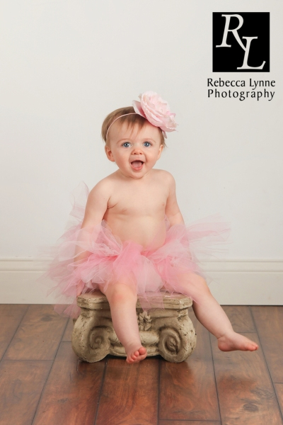 baby girl one year photos