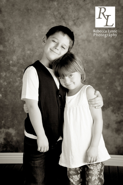 children's portrait siblings